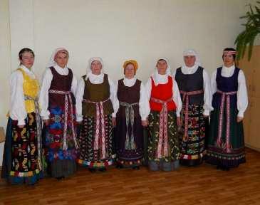 """Kalvarijos savivaldybės kultūros centras įgyvendino projektą """"Brukų folkloro kolektyvo aprūpinimas instrumentais ir rūbais"""""""