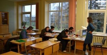 Jungėnų pagrindinė mokykla vykdo savanoriškus darbus